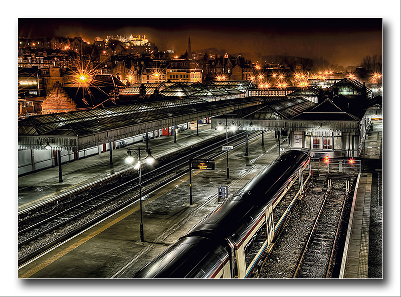 Alan Gray - Stirling Train Station at night