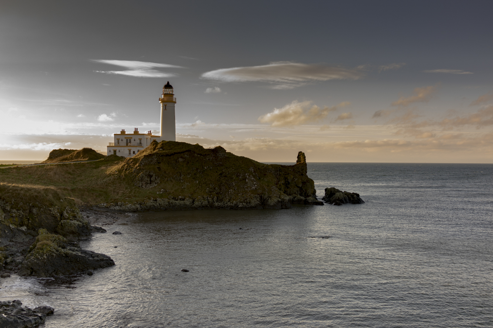 Turnberry Light-1