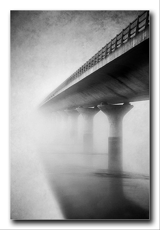 Alan Gray - Disappearing bridge
