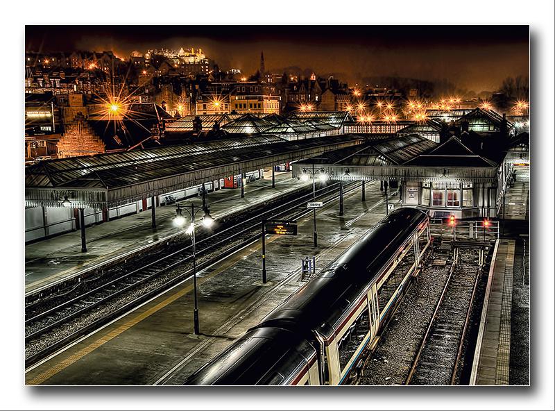 Alan Gray - Stirling Train Station at night